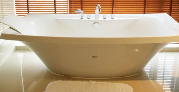 天目湖南山花园酒店浴缸